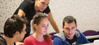 Big Data: Les étudiants de MSc renforcent leurs compétences en programmation R