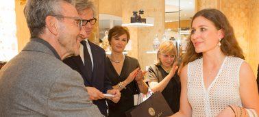 Une étudiante IÉSEG parmi « Les lauréats 2016 des Abeilles de Guerlain »