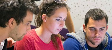 De la recherche académique à la pédagogie : comment les étudiants de l'IÉSEG bénéficient-ils de l'expertise de leurs Professeurs ?