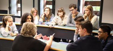 """Responsibility Seminar"": IÉSEG teaches its new 1st-year students about responsible communication"